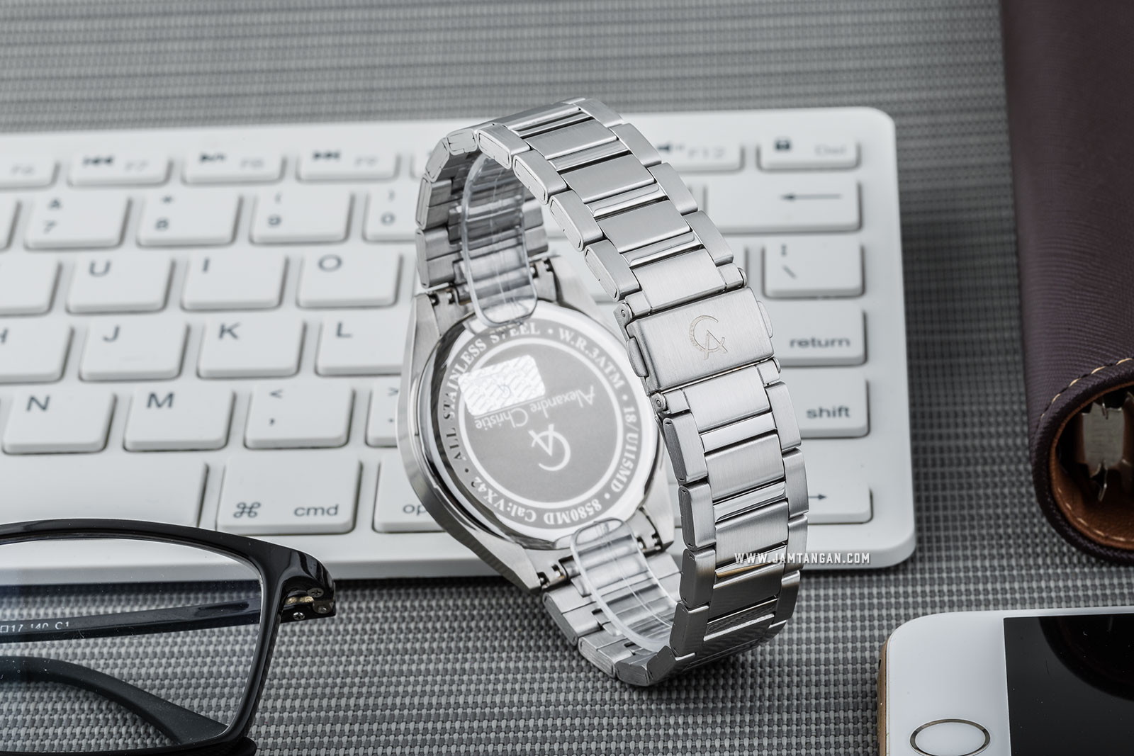 Alexandre Christie AC 8580 MD BSSSL Classic Steel Man White Dial Stainless Steel Machtwatch
