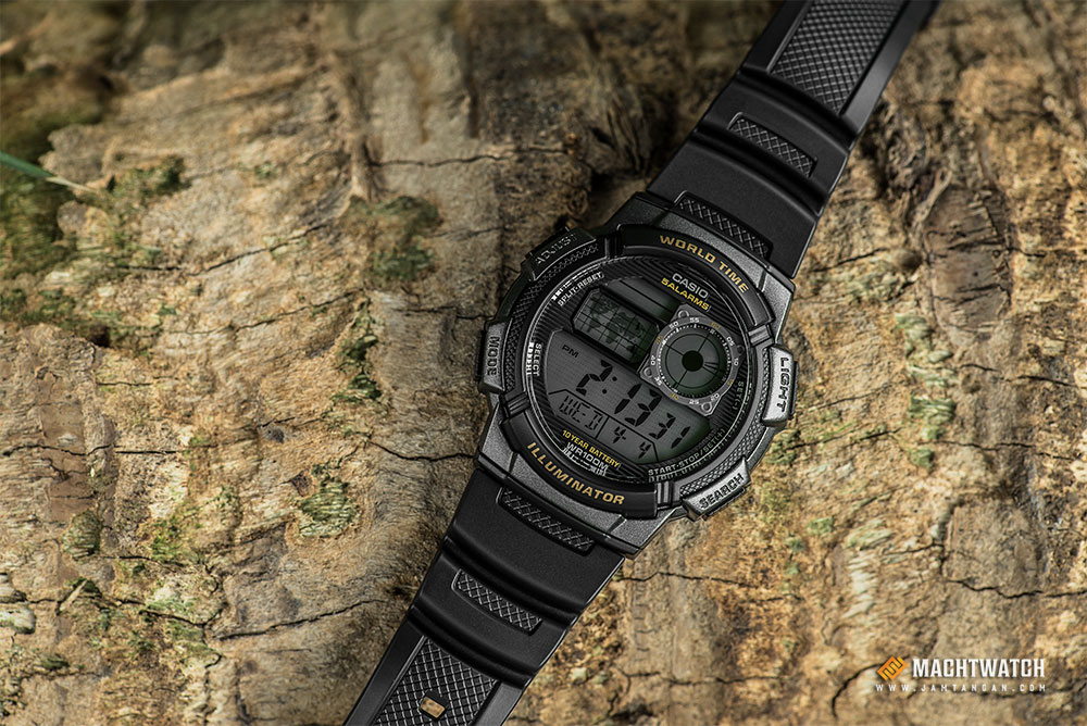 Casio AE-1000W-1AVDF - 10 Year Battery - Water Resistance 100M Black Resin Band Machtwatch