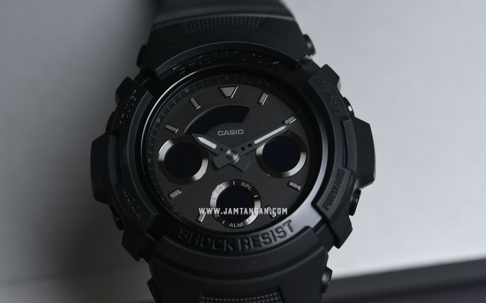 Casio G-Shock AW-591BB-1ADR Water Resistant 200M Black Resin Band Machtwatch