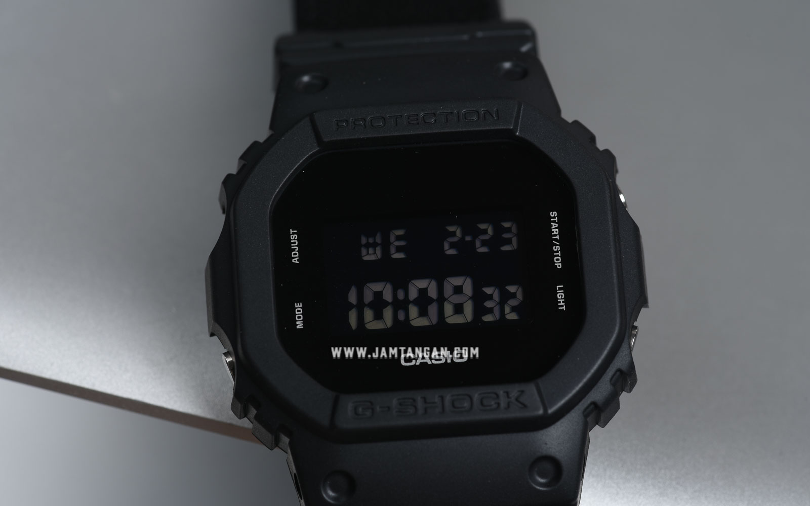 Casio G-Shock DW-5600BBN-1DR Special Color Models Cloth Band Machtwatch