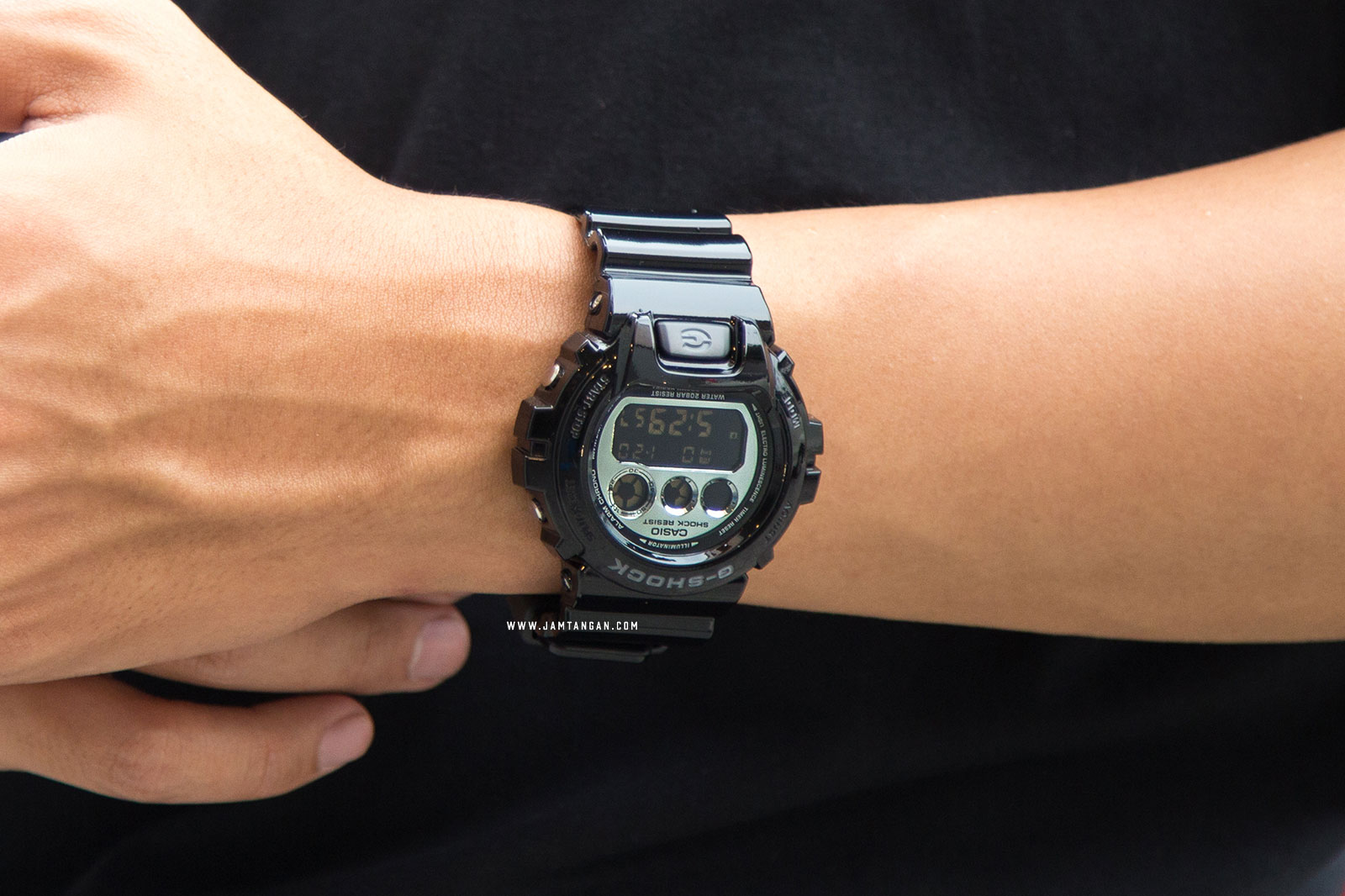 Casio G-Shock DW-6900NB-1DR Machtwatch