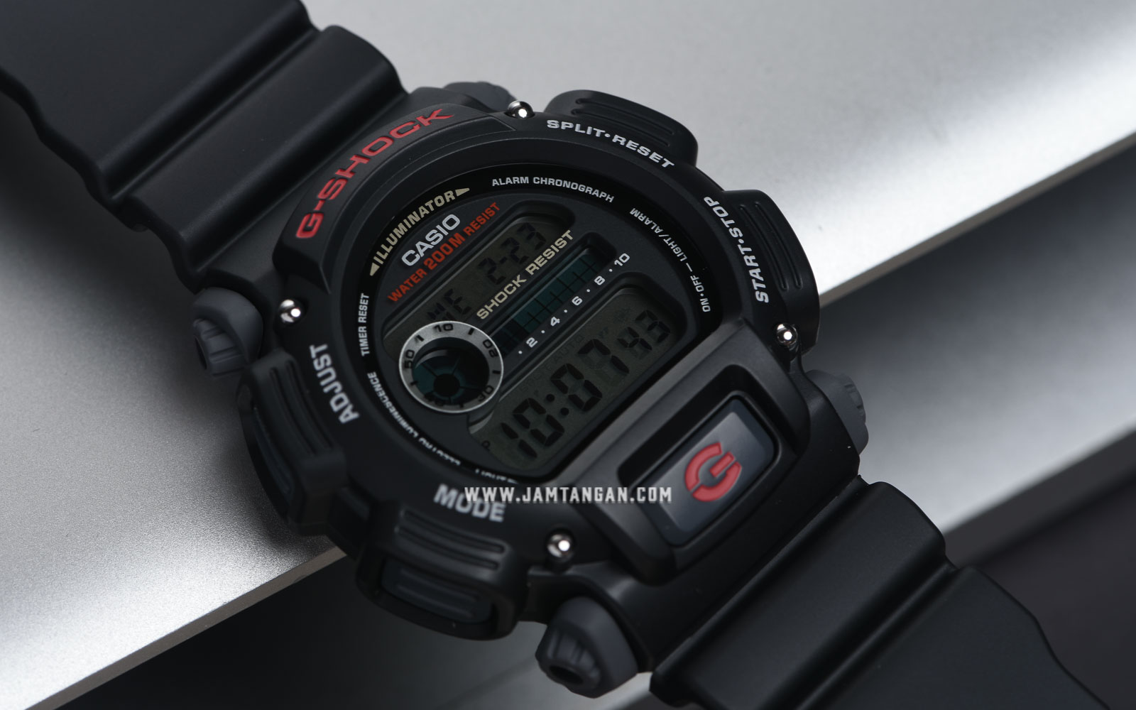 Casio G-Shock DW-9052-1VDR Digital Dial Black Resin Strap Machtwatch