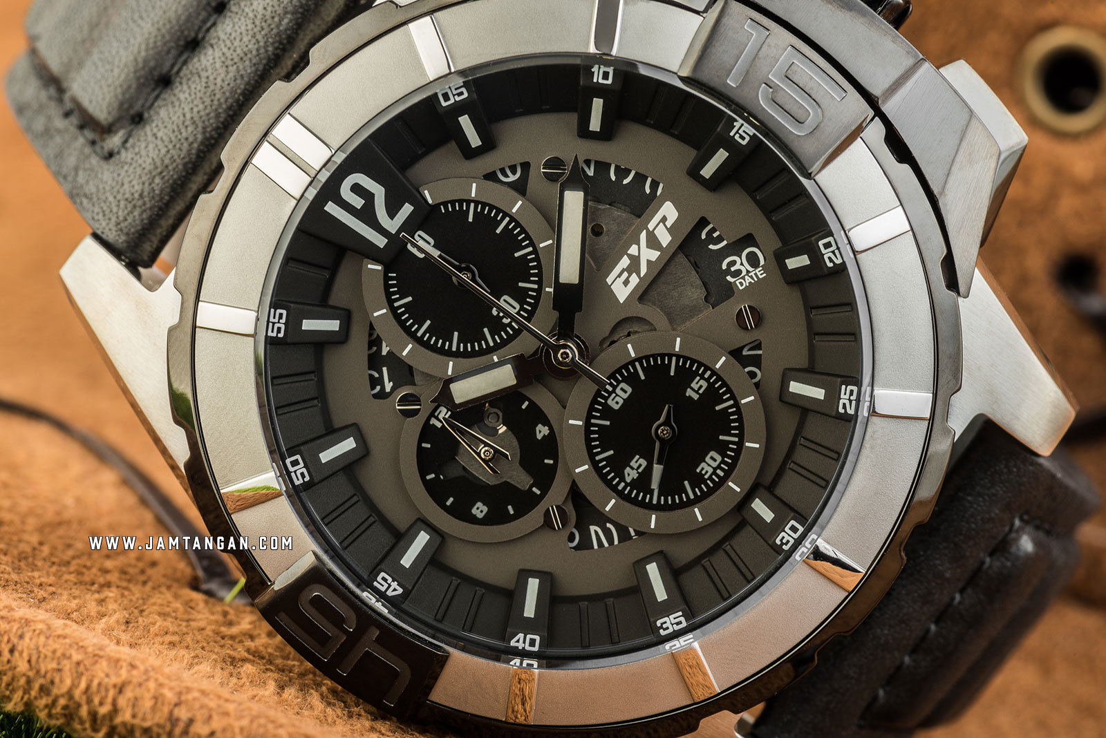 Expedition E 3010 MC LTBBA Chronograph Men Black Dial Black Leather Strap Machtwatch