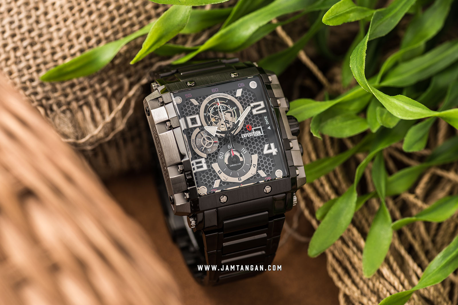Expedition E 6757 MC BEPBA Chronograph Men Black Dial Black Stainless Steel Machtwatch