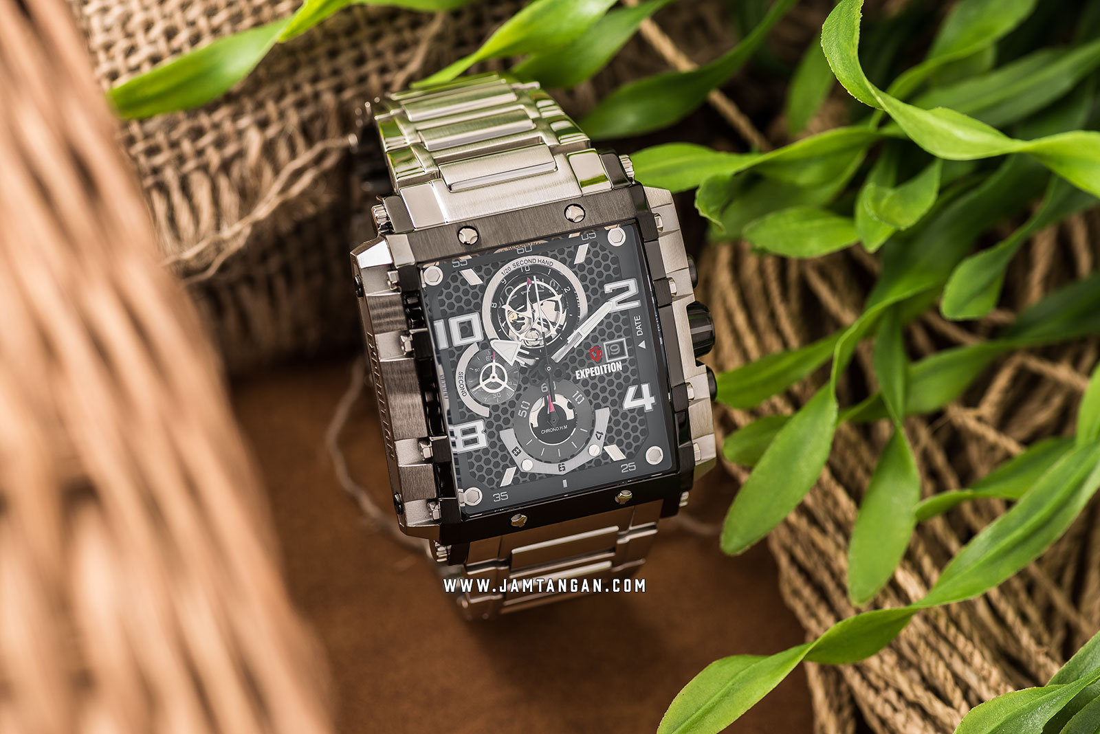 Expedition E 6757 MC BTBBA Chronograph Men Black Dial Stainless Steel Machtwatch