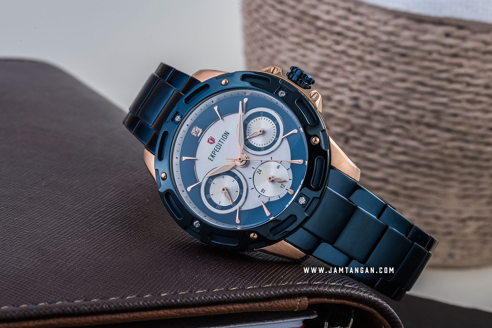 Expedition E 6760 BF BURBU Mother Of Pearl Dial Blue Stainless Steel Strap Machtwatch
