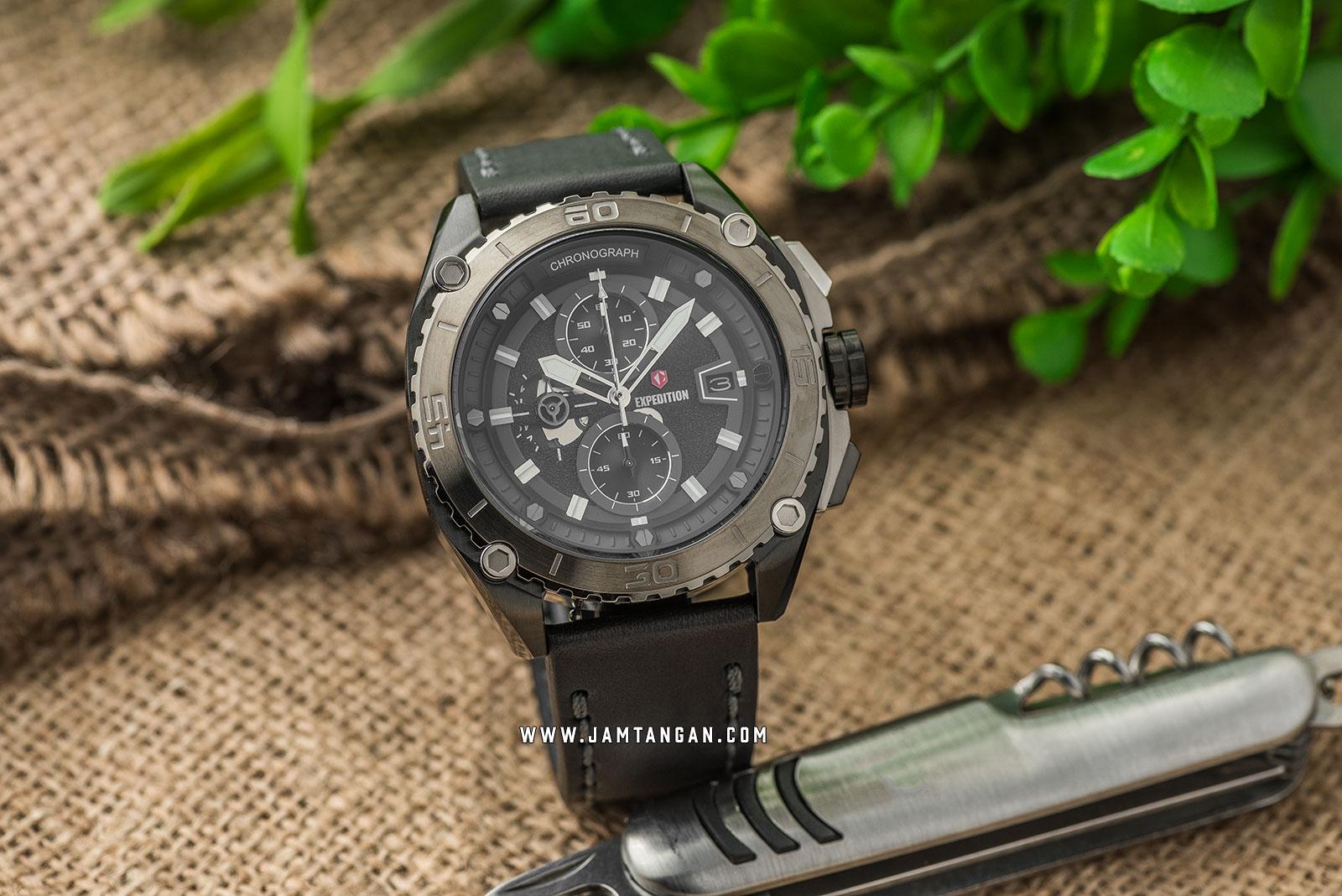 Expedition E 6777 MC LTEBA Chronograph Men Black Dial Black Leather Strap Machtwatch