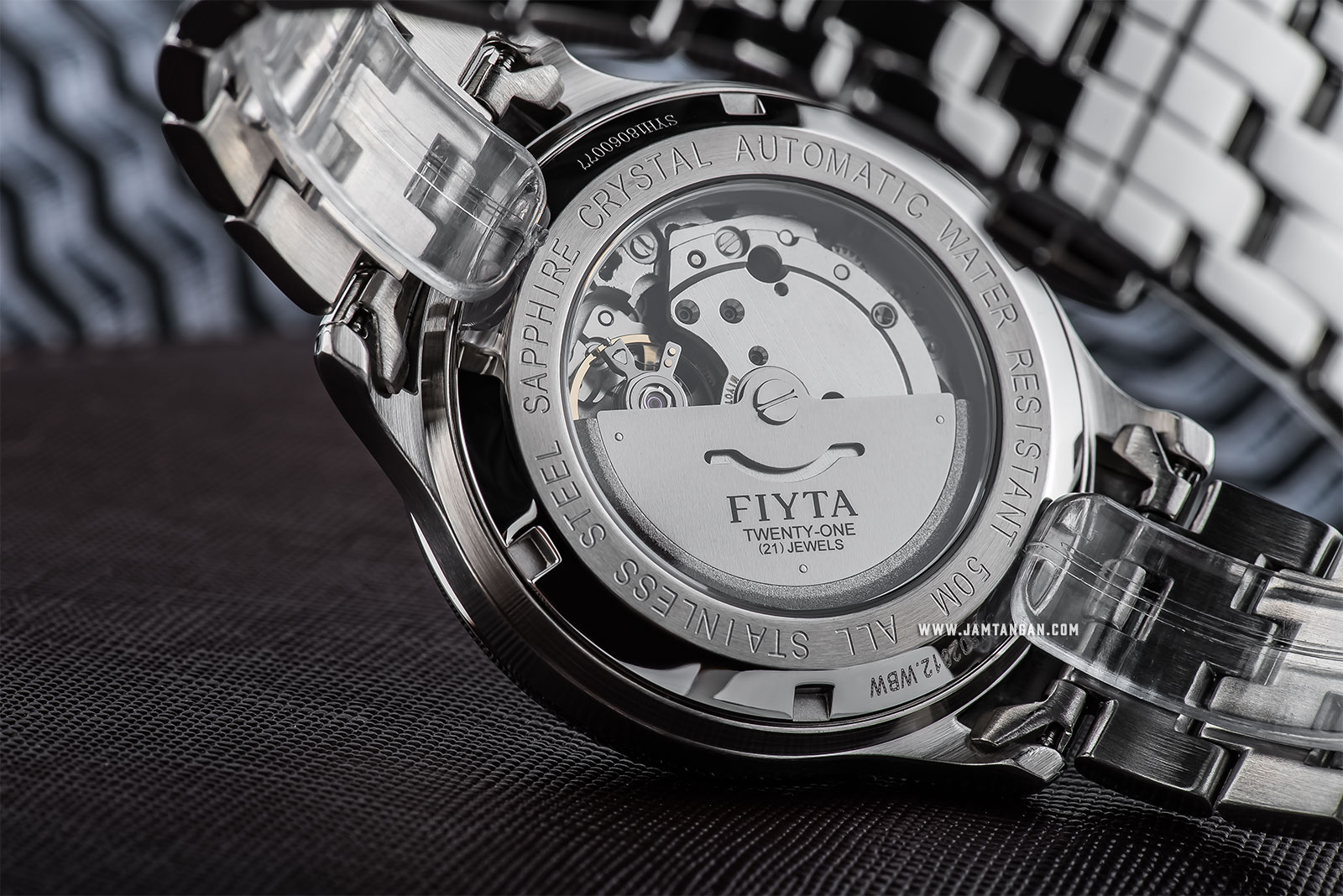FIYTA GA802012.WBW Classic Automatic Man Black Dial Stainless Steel Machtwatch