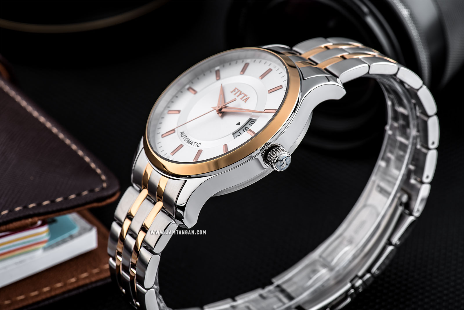 FIYTA GA8426.TWT Classic Automatic Man Silver Dial Dual Tone Stainless Steel Machtwatch