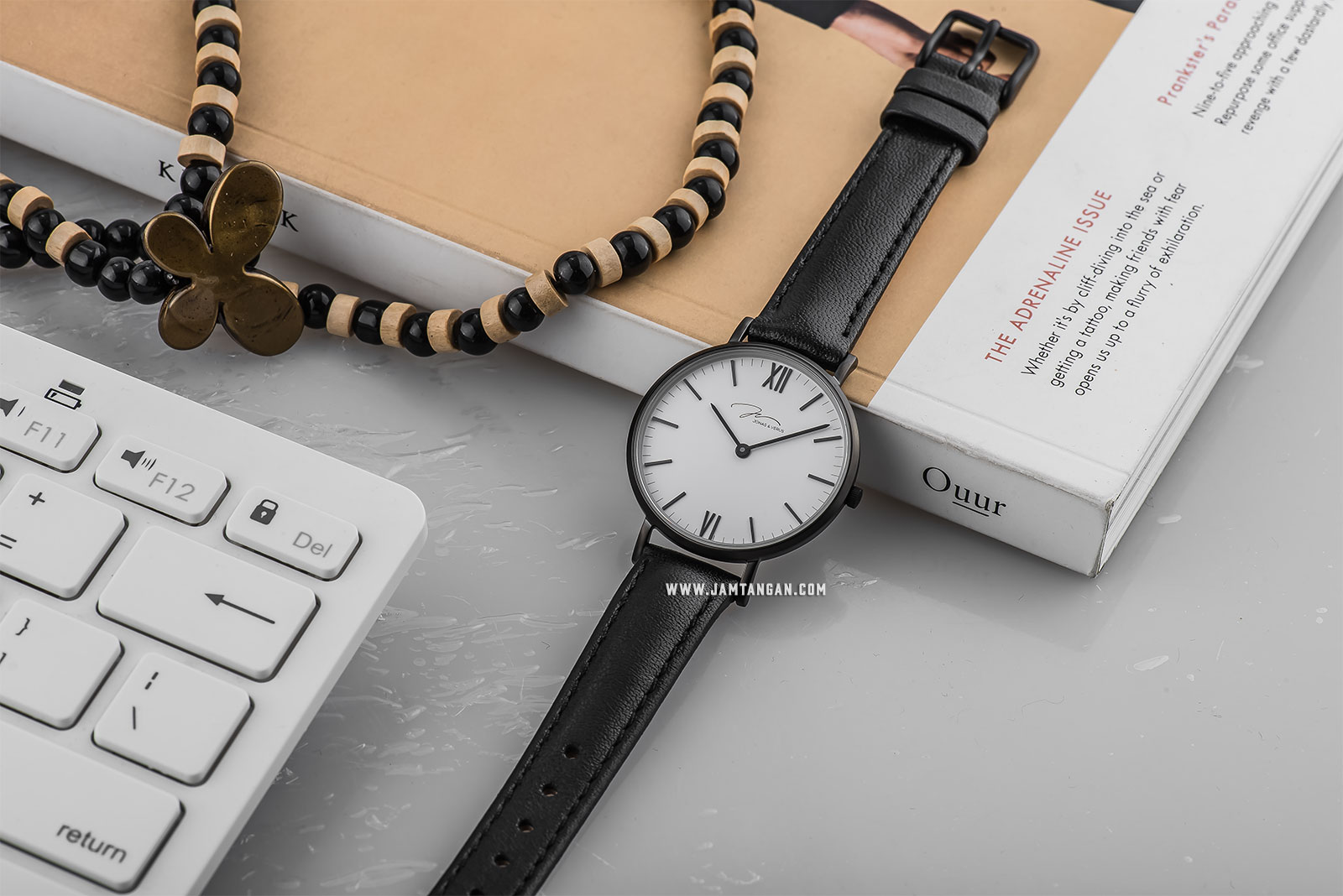 Jonas Verus R32.10.BWLB Minimalist Collection Ladies White Dial Black Leather Strap Machtwatch