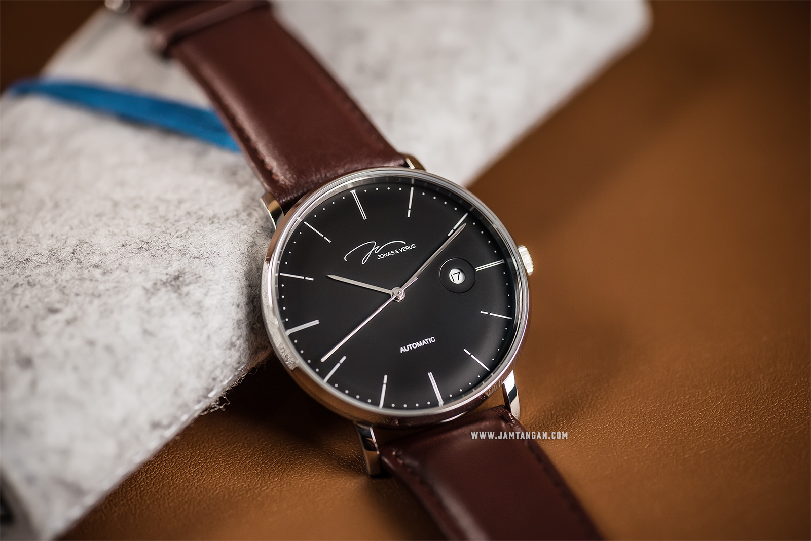 Jonas & Verus Y01545-A0.WWBLZ Japan Automatic Black Dial Brown Leather Strap