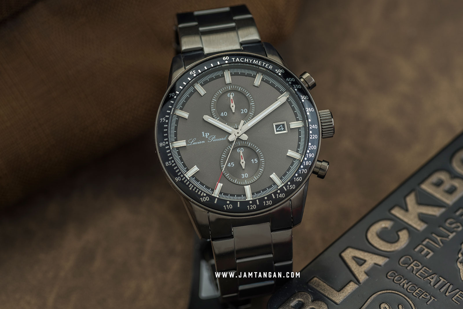Lucien Piccard Grani LP-28004C-GM-104 Chronograph Grey Dial Grey Stainless Steel Strap Machtwatch