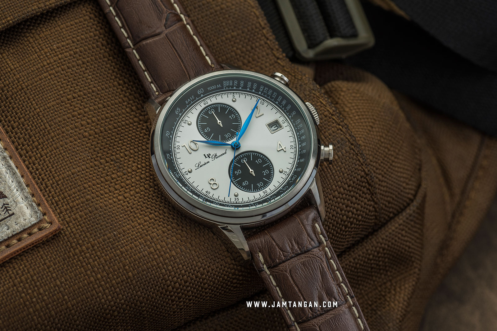 Lucien Piccard Welles LP-28006C-02-BRW Chronograph Silver Dial Brown Leather Strap Machtwatch