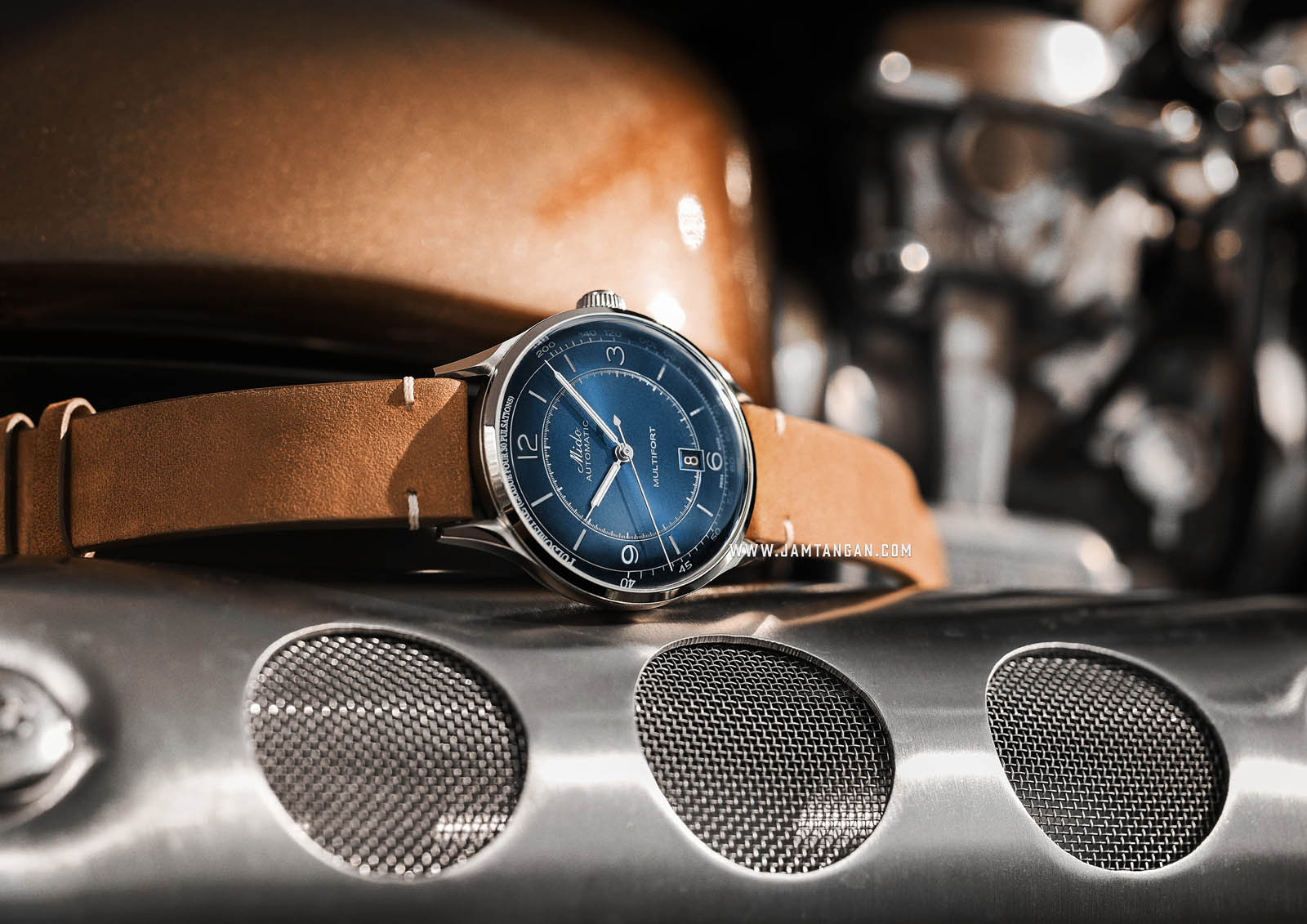 Mido M040.407.16.040.00 Multifort Patrimony Automatic Blue Dial Brown Patina Leather Strap Machtwatch