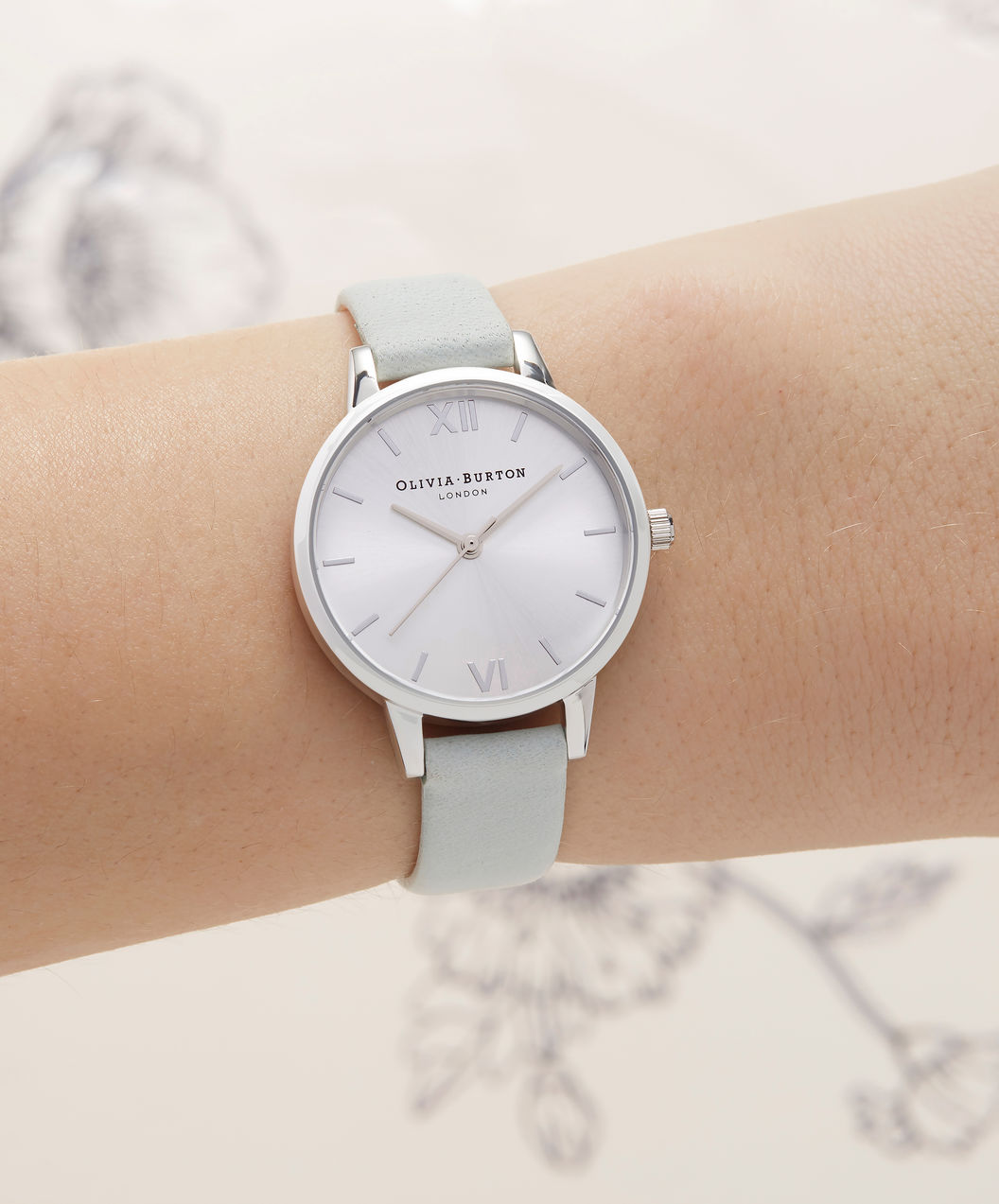 Olivia Burton OB16MD87 Sunray Dial Sage Ladies Silver Dial Light Green Leather Strap Machtwatch