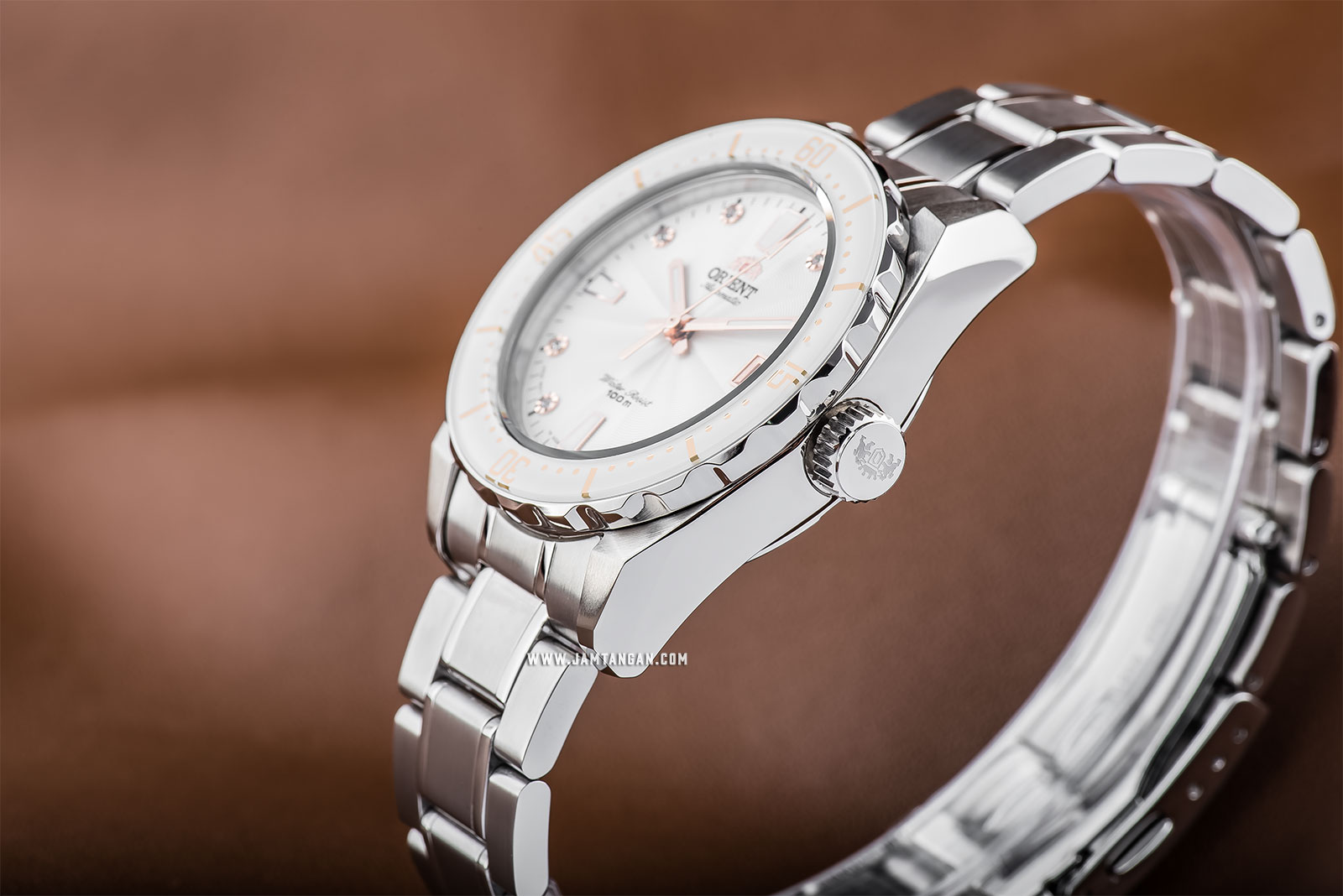 Orient FAC0A002W Automatic Sports 100M Superior Ladies White Dial Stainless Steel Machtwatch