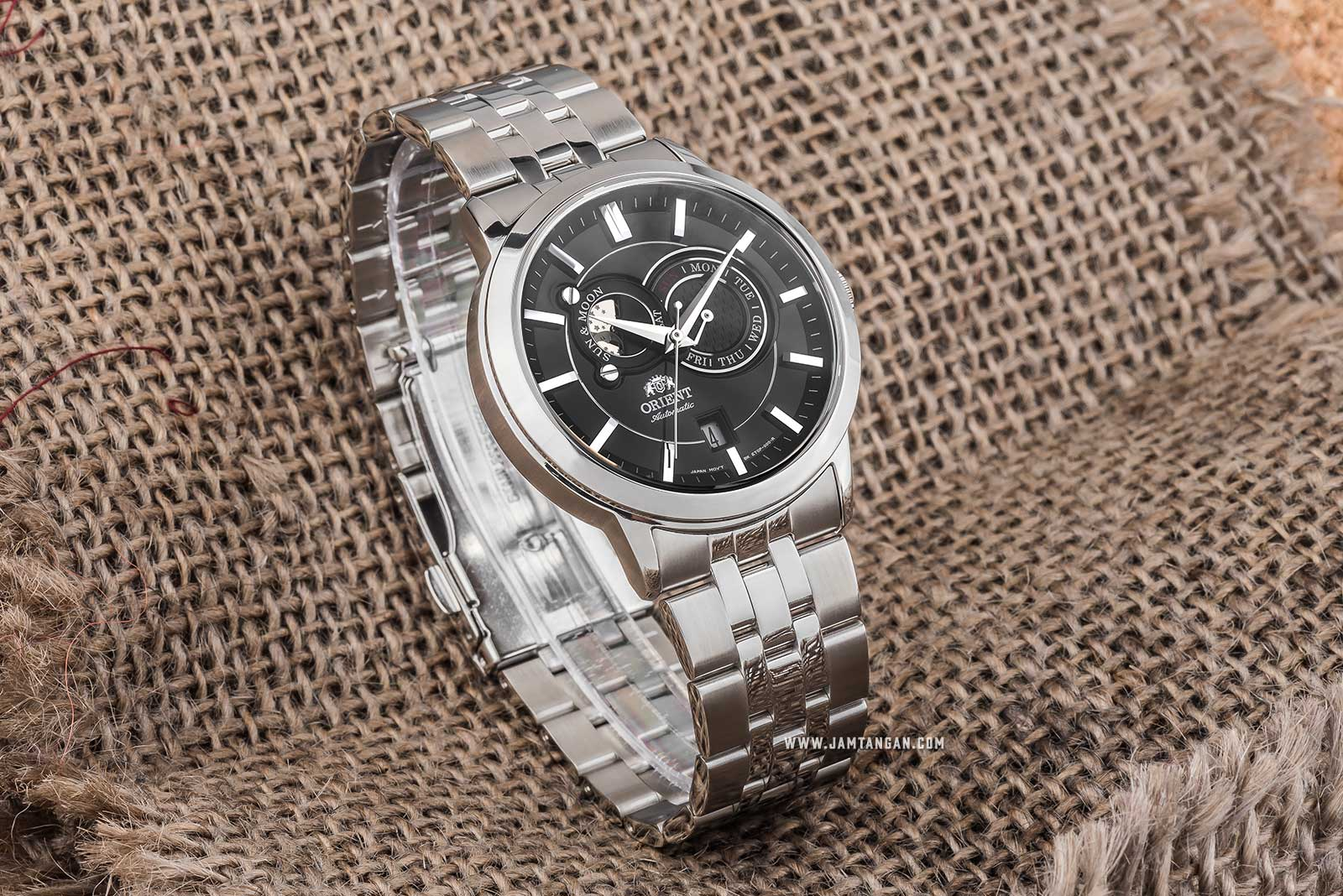 Orient FET0P002B Sun & Moon Automatic Black Dial Stainless Steel Machtwatch