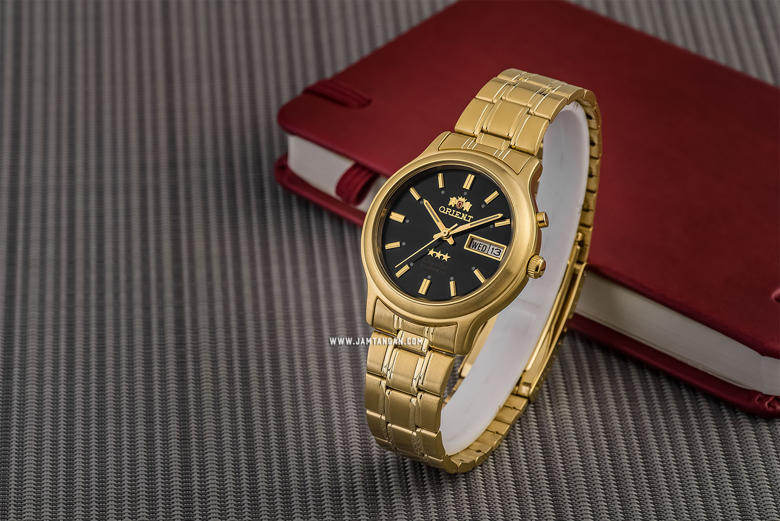 Orient Classic 3 Stars Crystal SEM0201UB Automatic Men Black Dial Gold Stainless Steel Machtwatch