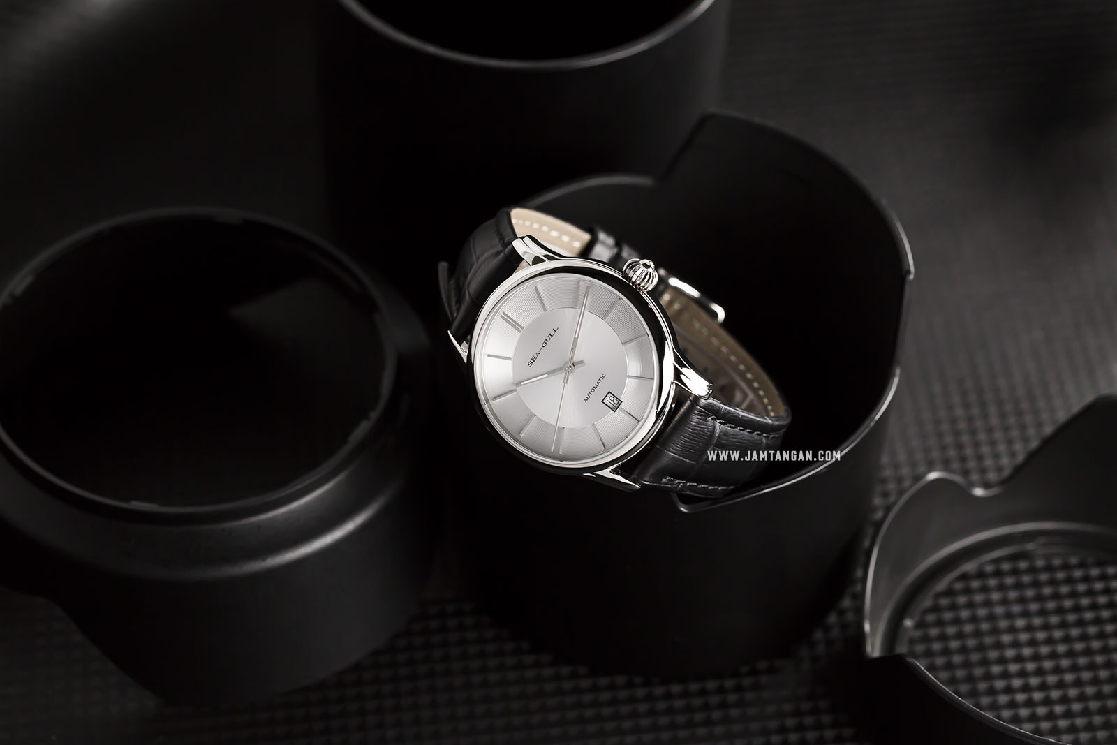 Seagull D819.460 Classic Automatic Mechanical Silver Dial Black Leather Strap Machtwatch