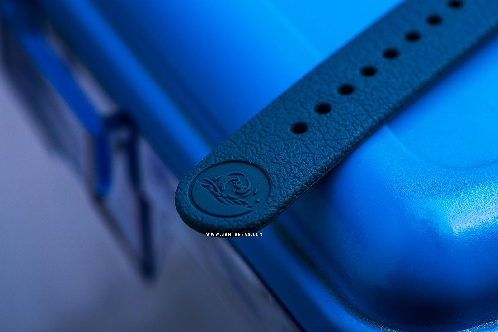 Seiko Prospex Tuna Street Series SNE533P1 Solar Divers 200M Blue Rubber Strap SPECIAL EDITION Machtwatch