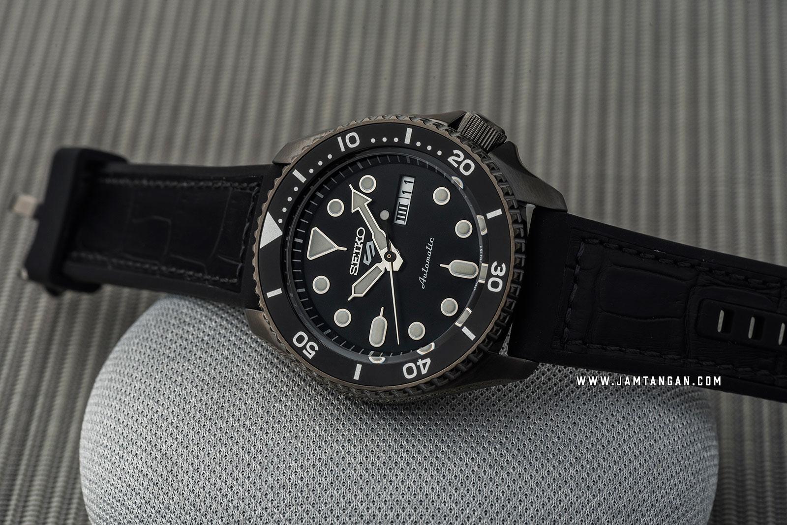 Seiko 5 Sports SRPD65K3 Automatic Black Dial Black Rubber Strap Machtwatch