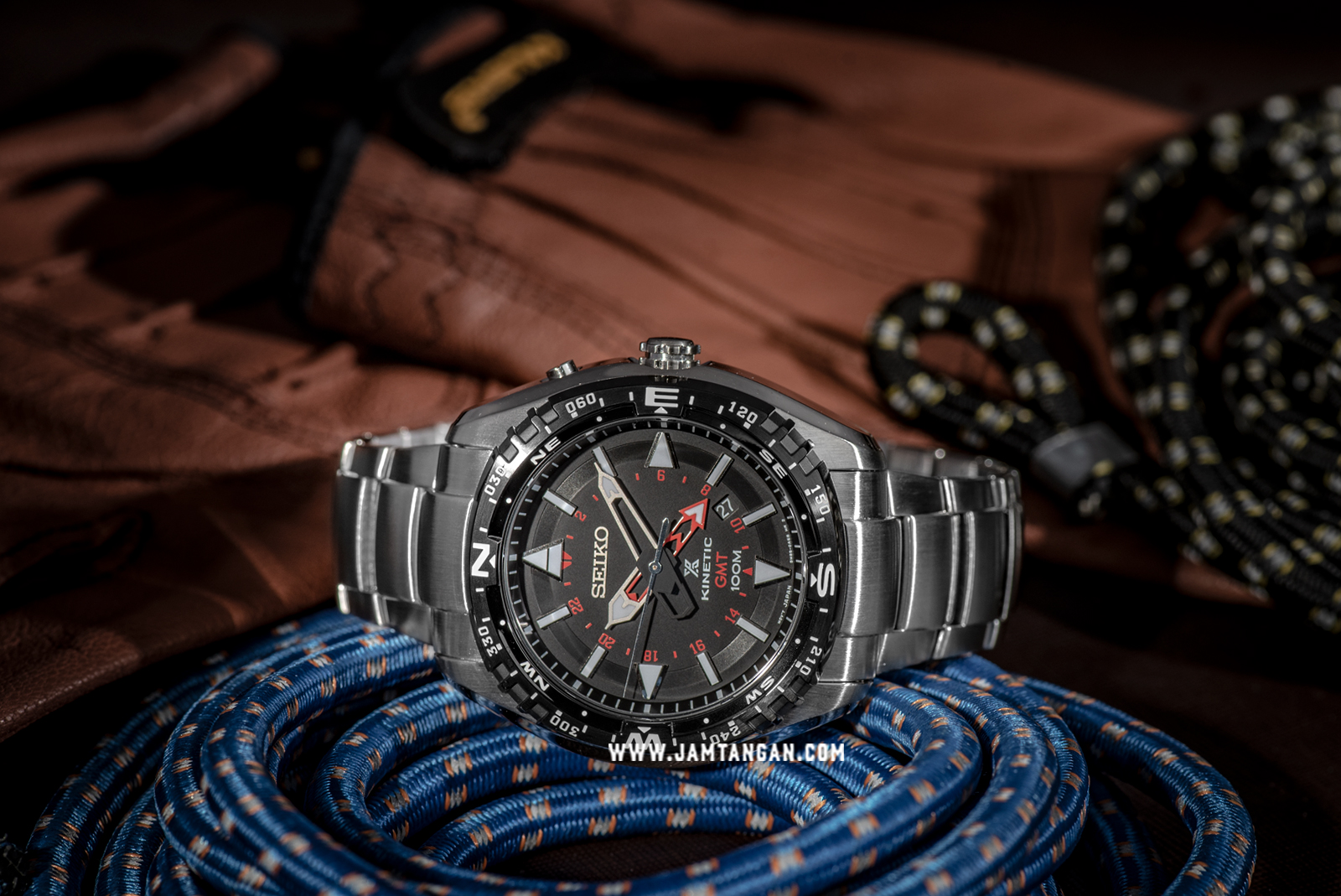 Seiko Prospex SUN049P1 Land Kinetic GMT 100M Stainless Steel Bracelet Machtwatch