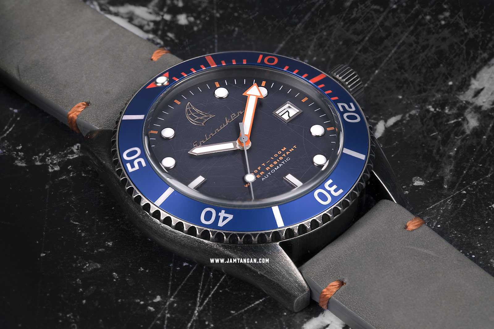 Spinnaker SP-5051-01 Vintage Wreck Men Blue Dial Grey Leather Strap Machtwatch