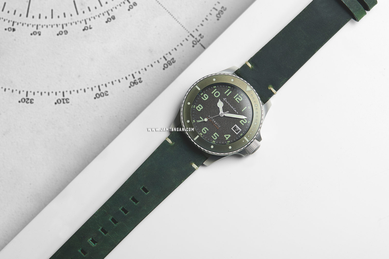 Spinnaker SP-5066-03 Vintage Spence Men Grey Dial Green Leather Strap Machtwatch