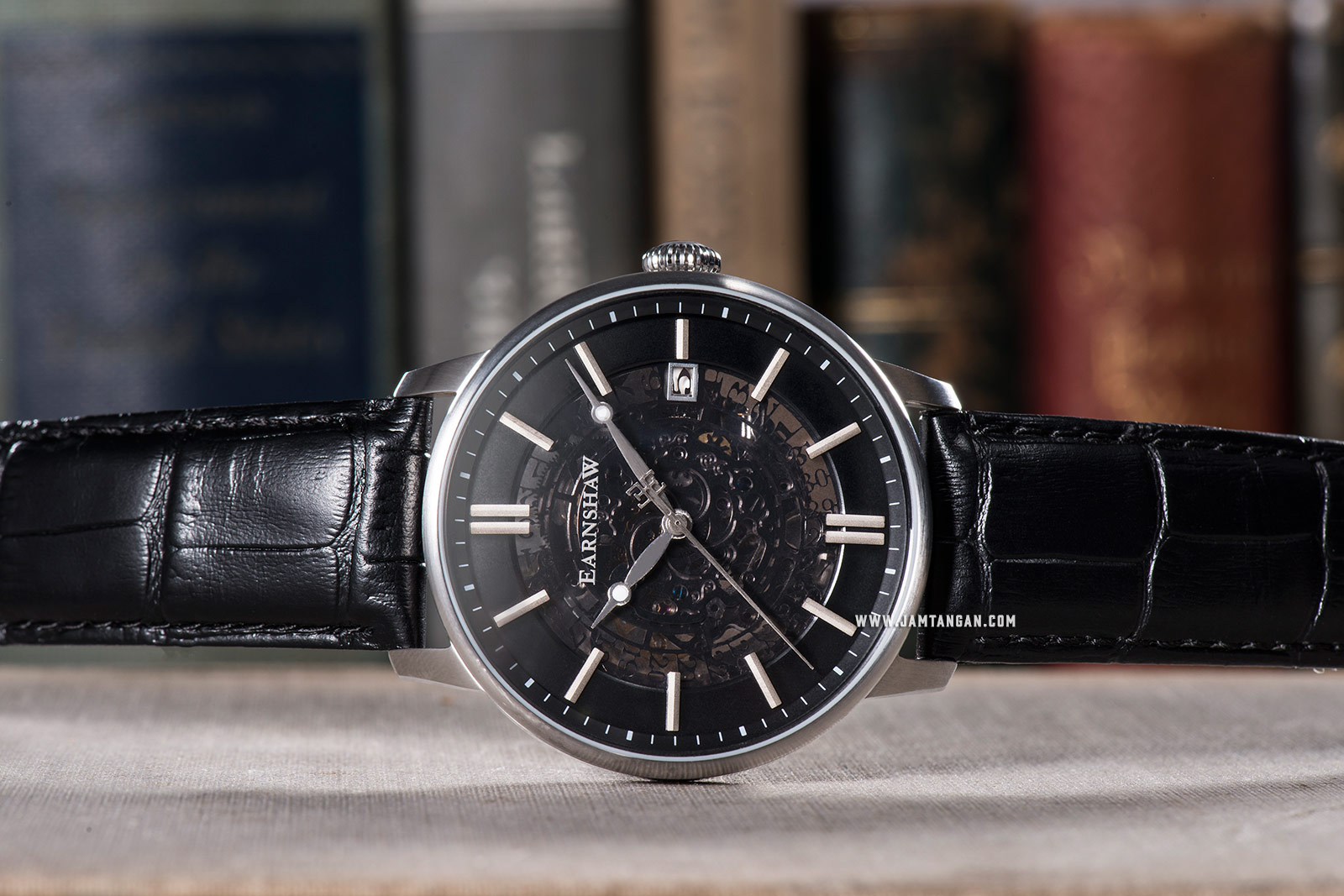 Thomas Earnshaw ES-8075-01 Vancouver Automatic Skeleton Dial Black Leather Strap Machtwatch