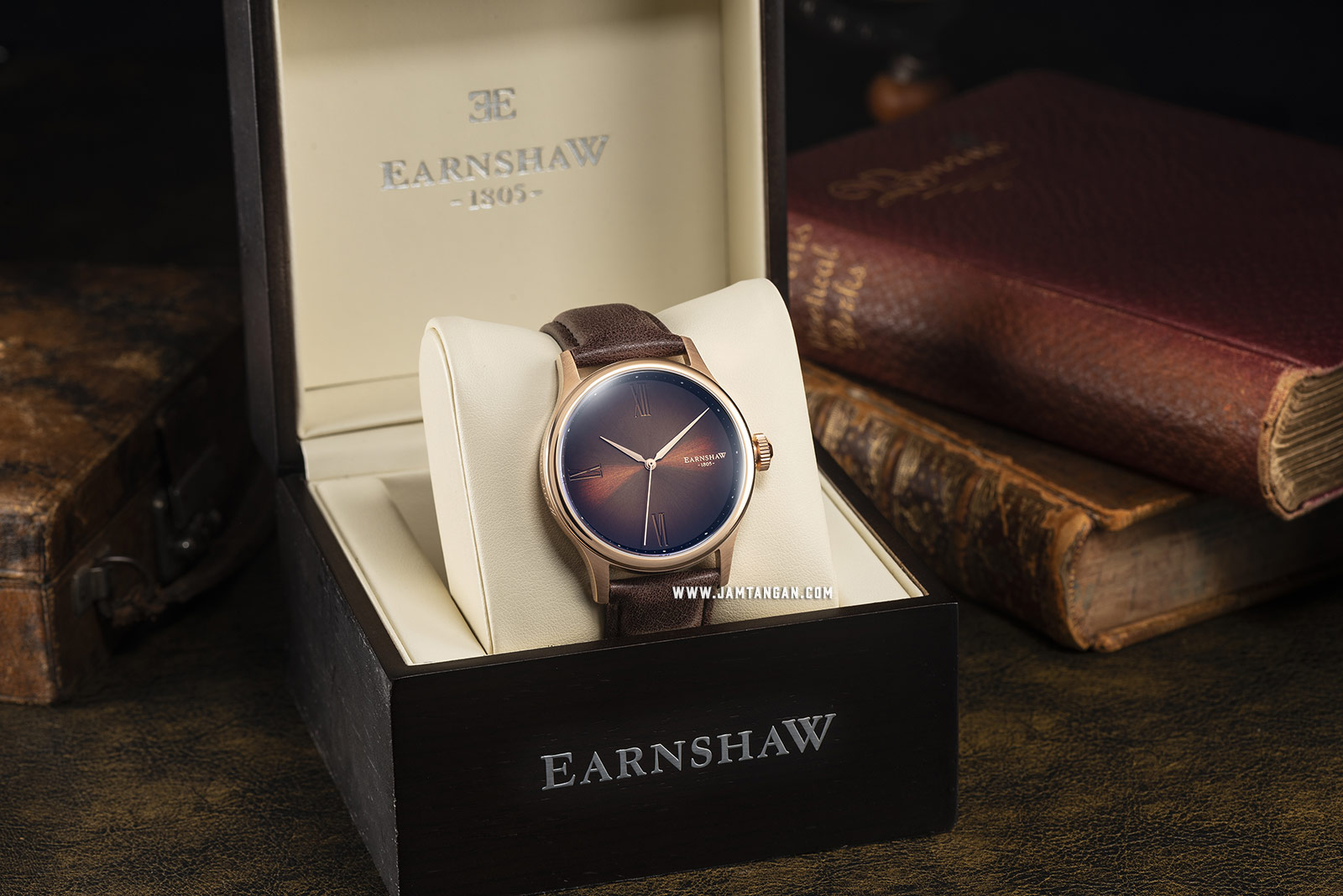 Thomas Earnshaw ES-8107-04 Bauer Fumee Smoky Brown Dial Brown Leather Strap Machtwatch