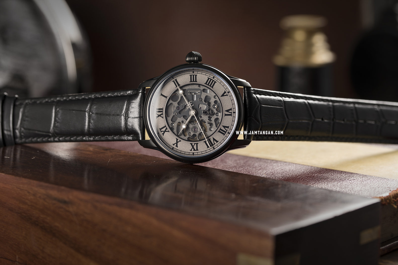 Thomas Earnshaw ES-8807-03 Longitude Skeleton Dial Black Leather Strap Machtwatch